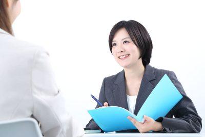 【5分でわかる】産業医の選任と4つの報告義務について企業担当者が知っておくべきこと
