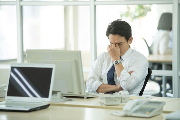 ストレスチェックはなぜ必要?経営者や上司が実施者になれない理由とは?