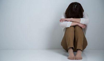 「うつ病」が疑われる従業員に産業医の面談を行うにはどうすればよいか?