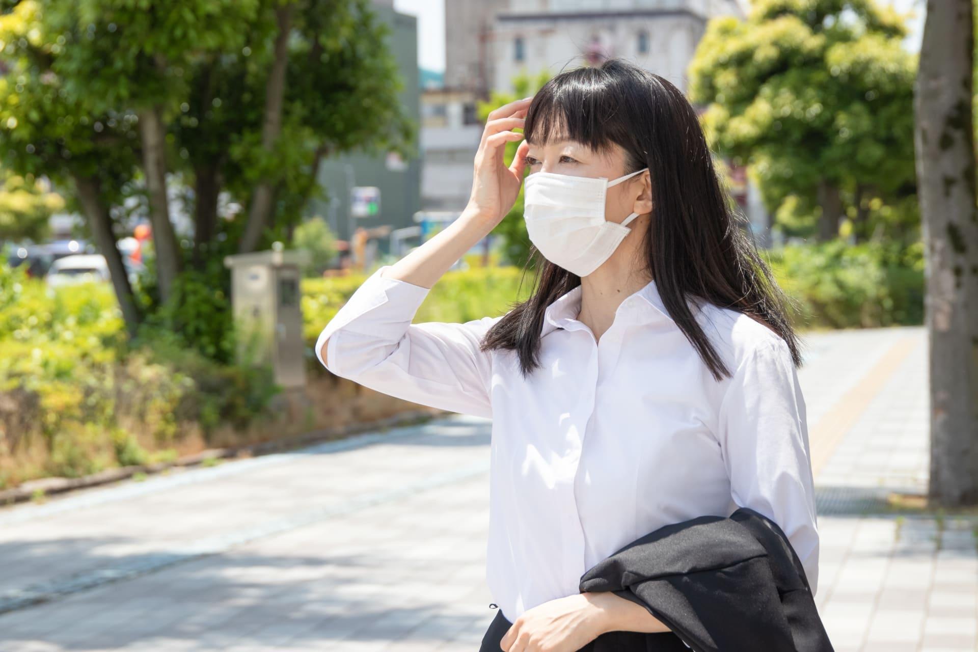 【産業医監修】職場における熱中症対策どうする?マスク着用で高まるリスクとは